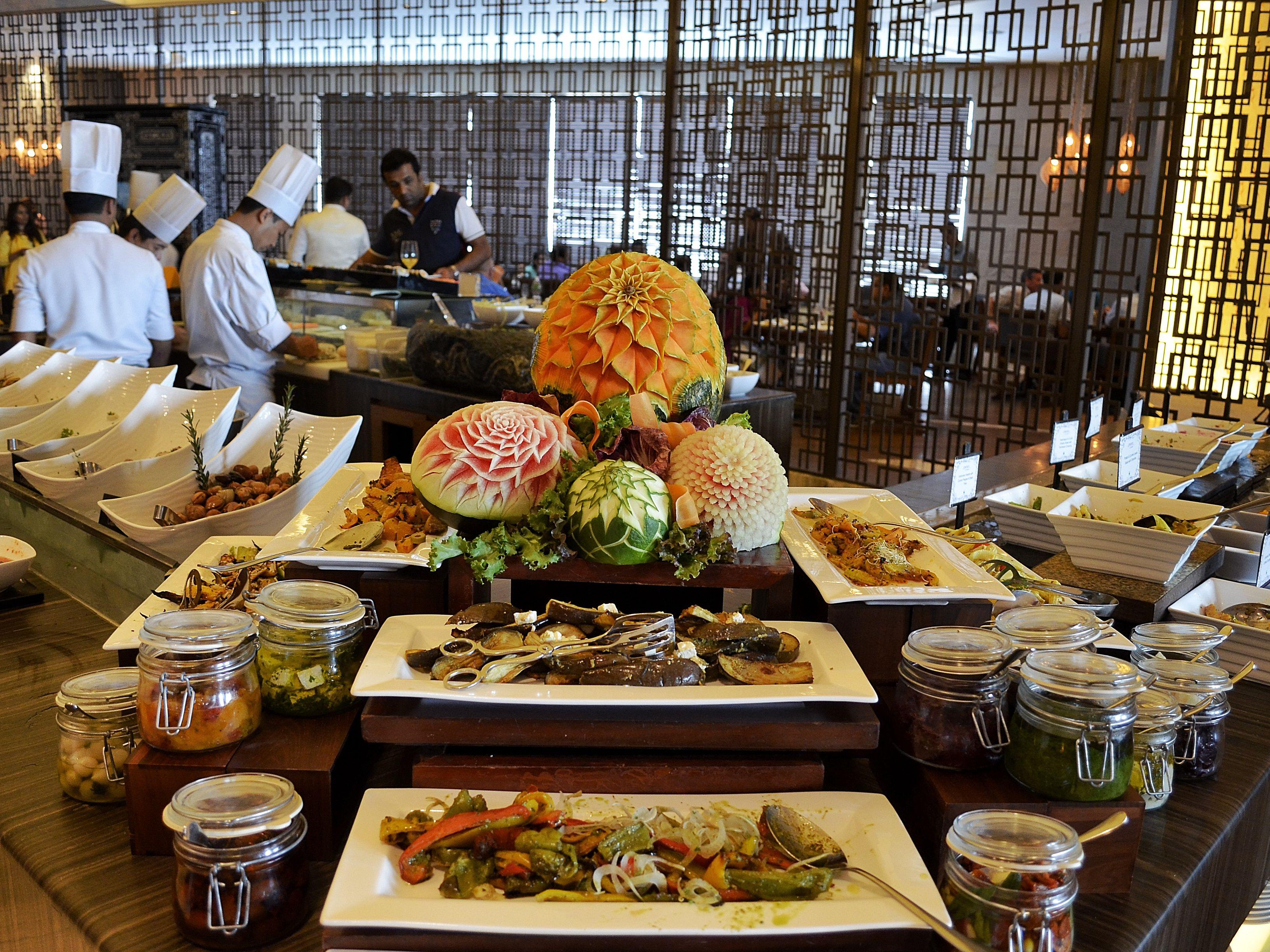 Astonishing Best Mumbai Sunday Brunch Restaurants Interior Design Ideas Oxytryabchikinfo