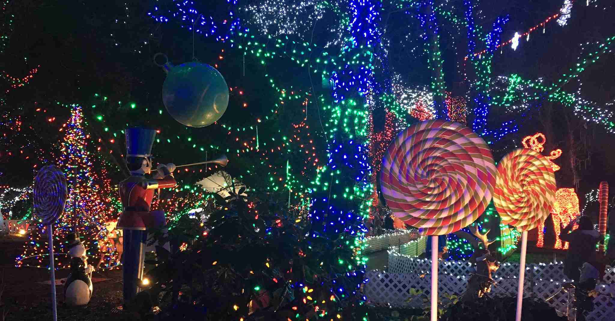 Vancouver Christmas.Top 9 Christmas Attractions In Vancouver Canada