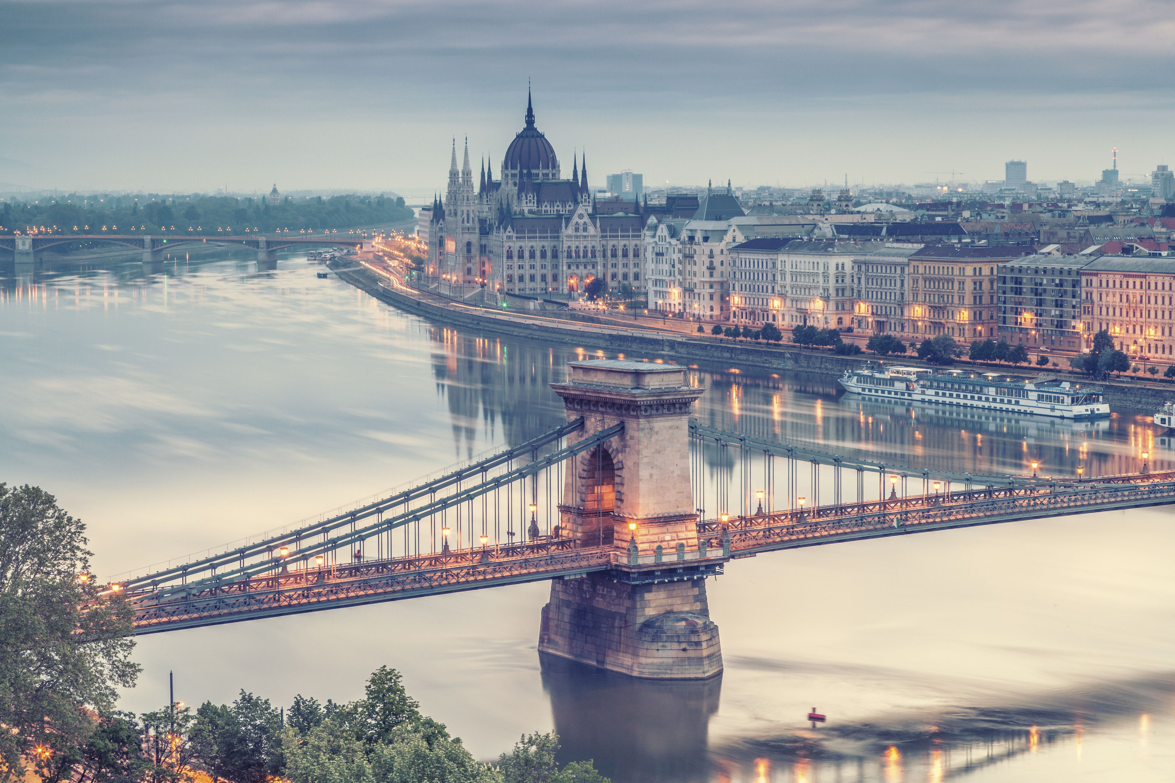 Vw Of America >> September in Budapest: Weather and Event Guide