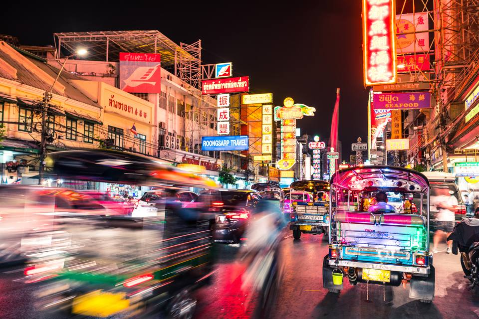 Important phrases to know before traveling in thailand bangkok chinatown traffic at night m4hsunfo