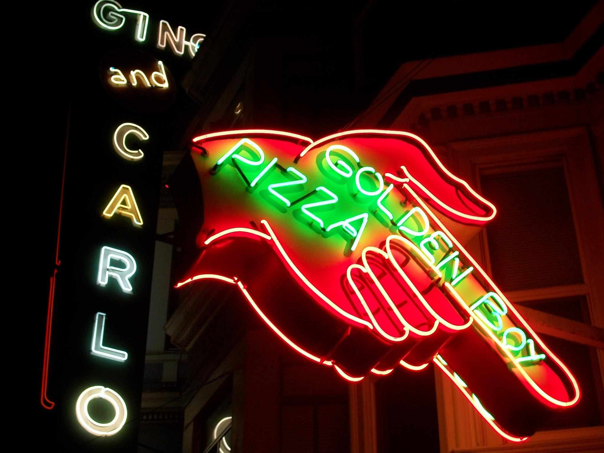 Neon sign for Golden Boy Pizza