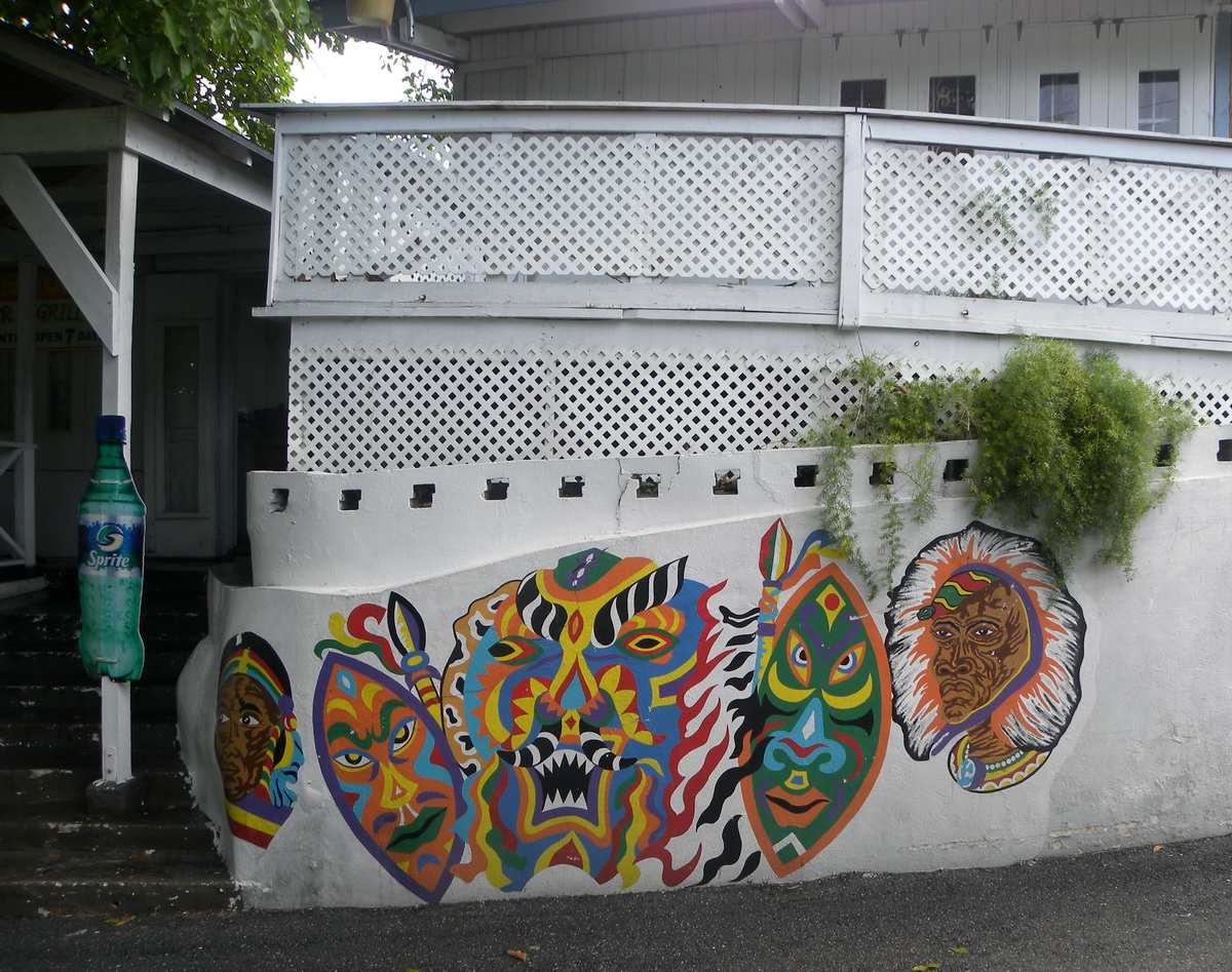 Nassau Graffiti or Is It Art?
