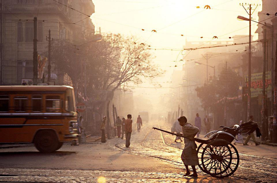 Rickshaw and street scene, Kolkata