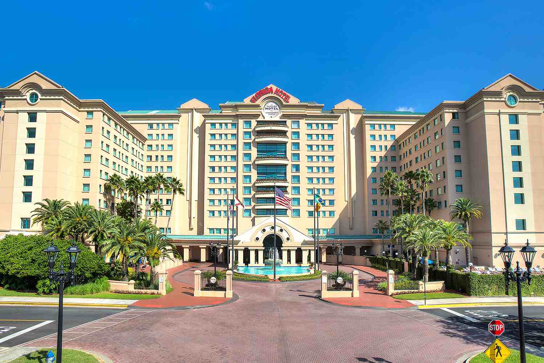 Grand palm plaza