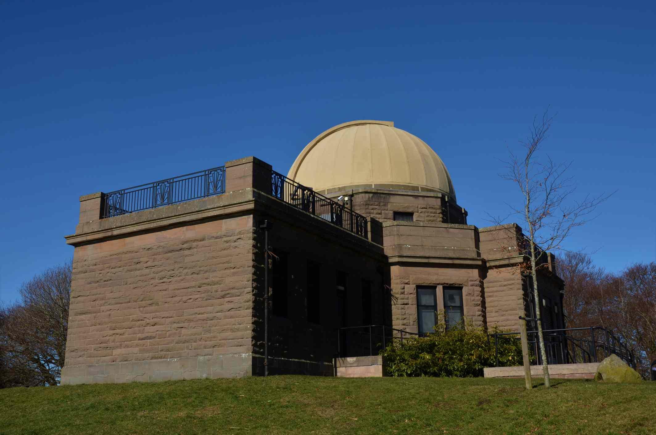 Mills Observatory