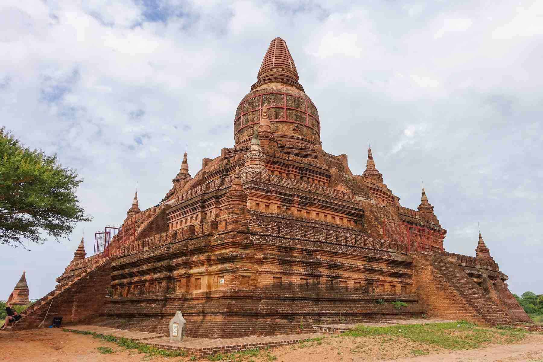Bulethi stupa in Bagan, Myanmar