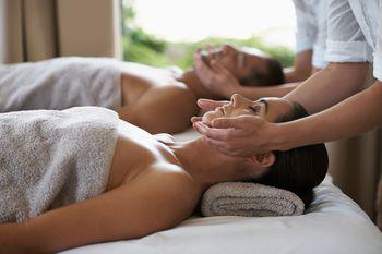Sex Trader massage grosse bite branlette vidéo