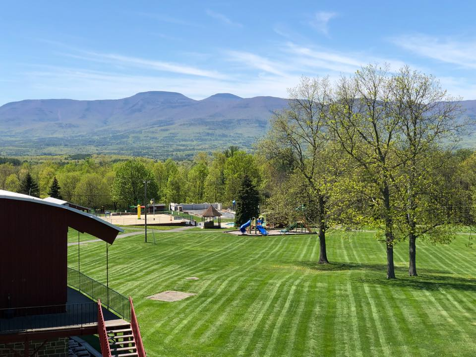 Sunny Hill Resort