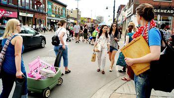 Top 10 Best Gay Bars in Ottawa