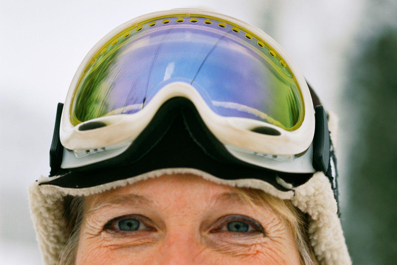 Green ski goggles