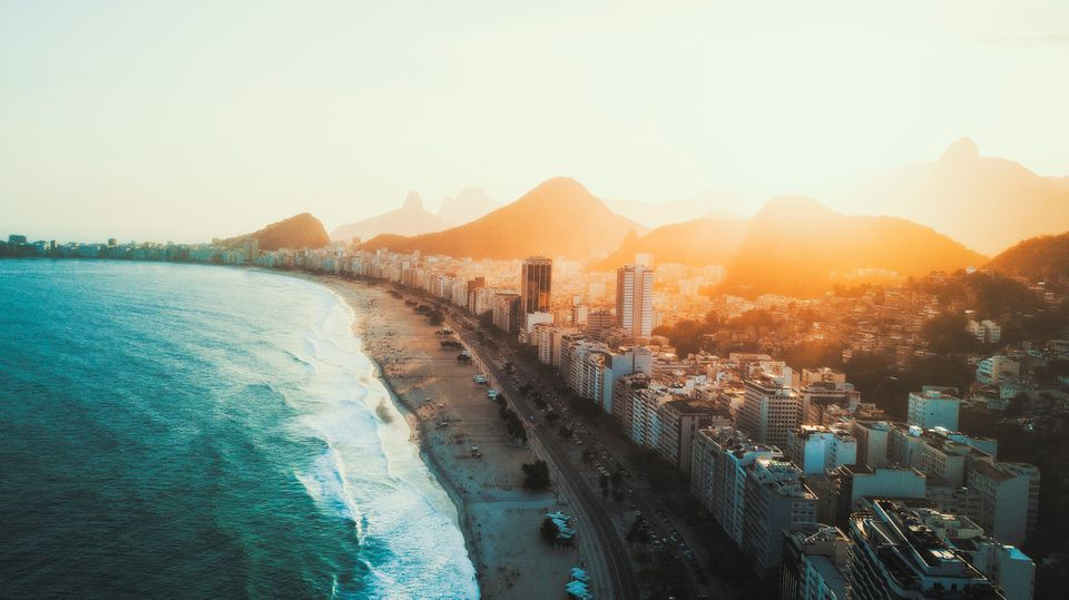 The skinline on the coast in Rio