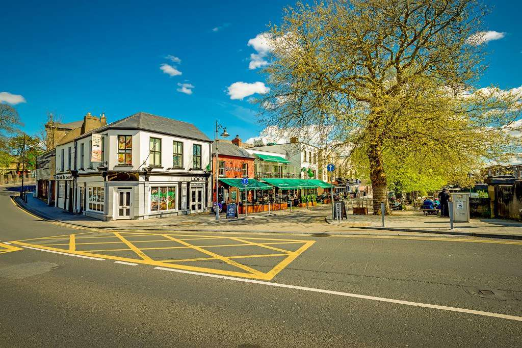 exterior of Locke Bar in Limerick on a sunny day in spring