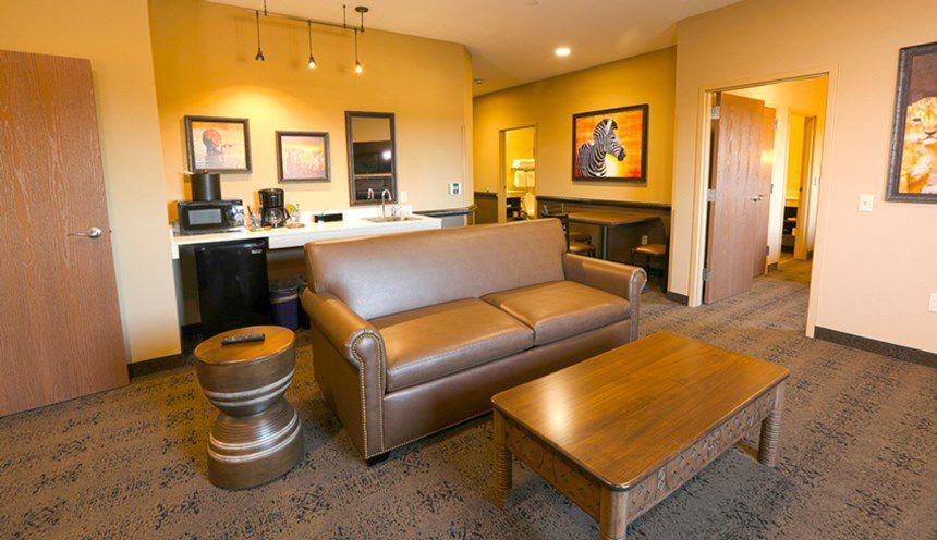 Kalahari Poconos Hotel Suite