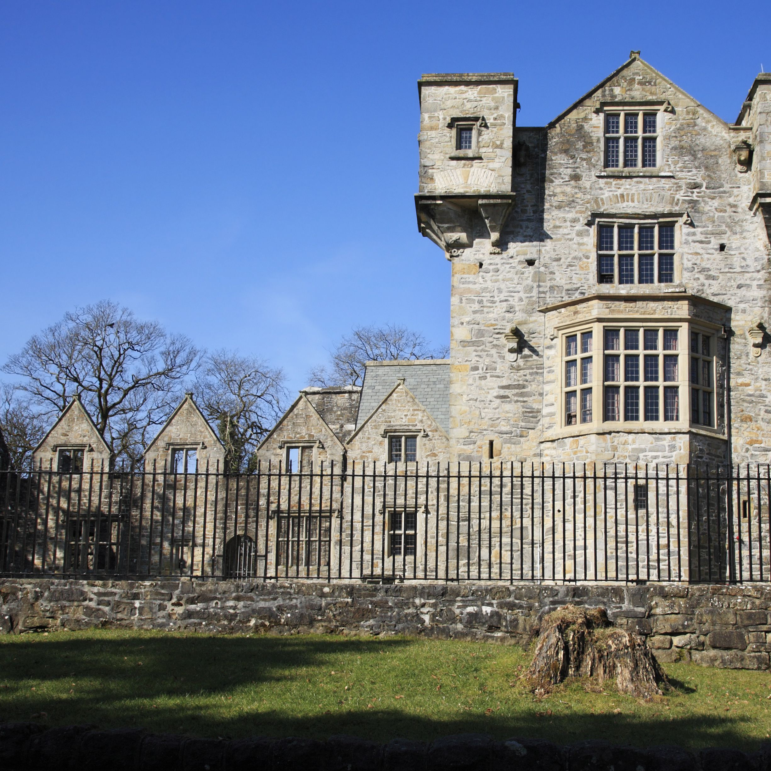 Donegal Castle: The Complete Guide