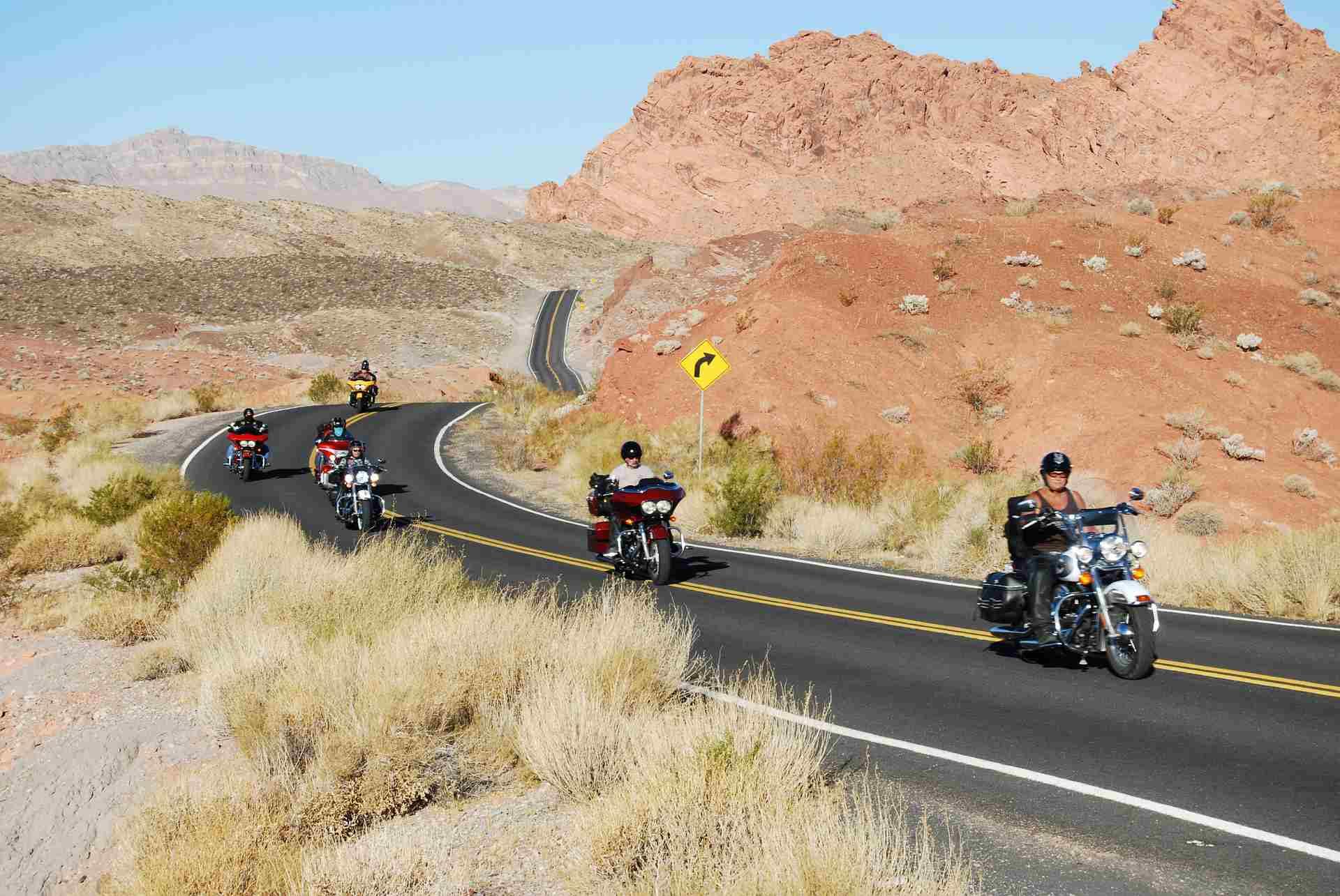 sheriffs host bike road - HD1200×803