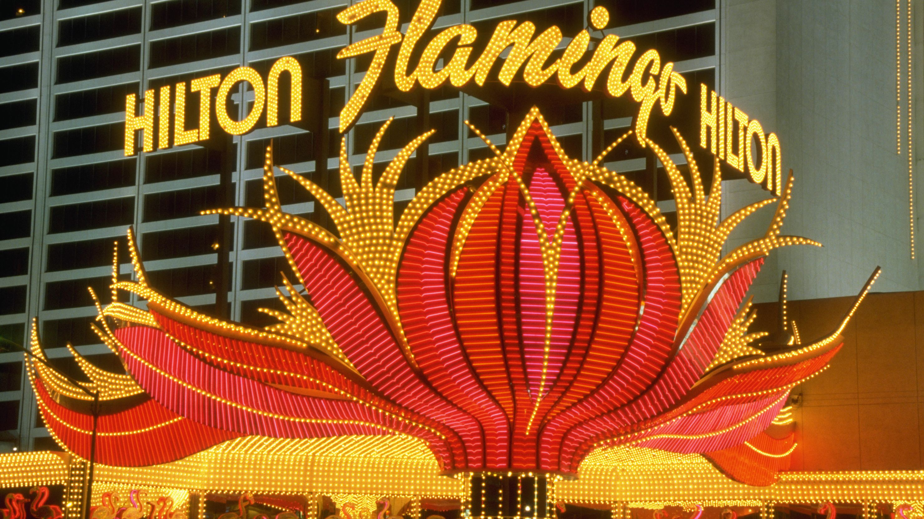 How To Save Money On A Hotel In Las Vegas