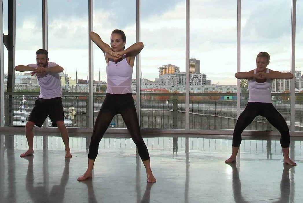 Miranda Esmonde-White's stretching class
