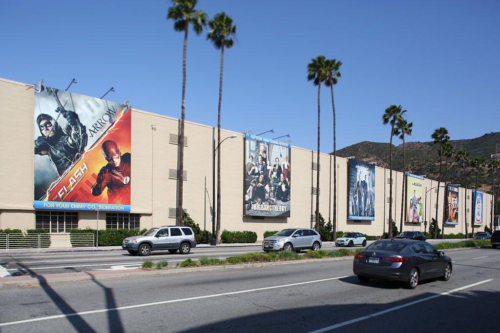 Street view of Warner Brothers Studios