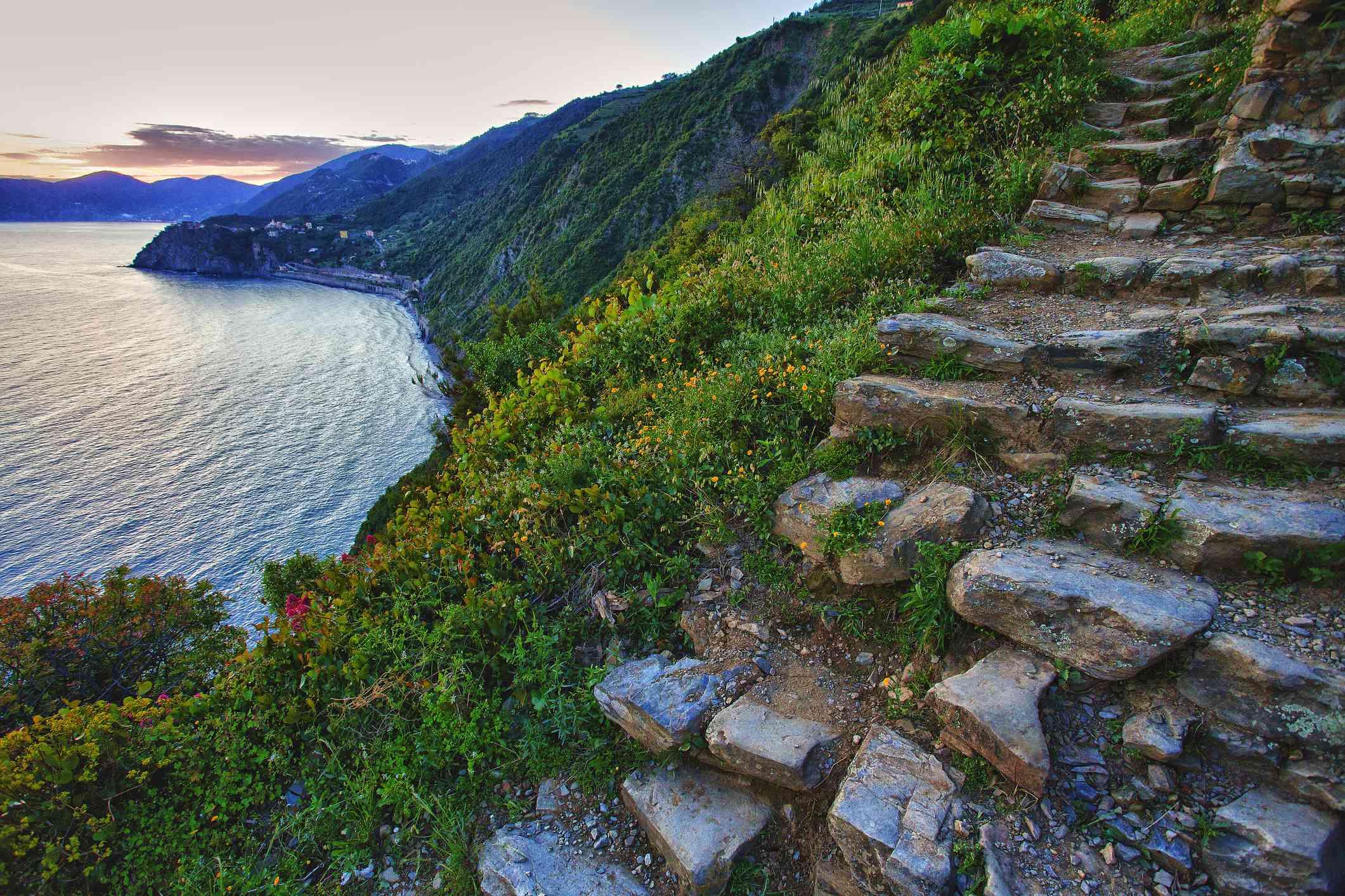 Stairs from Volastra to Manarola