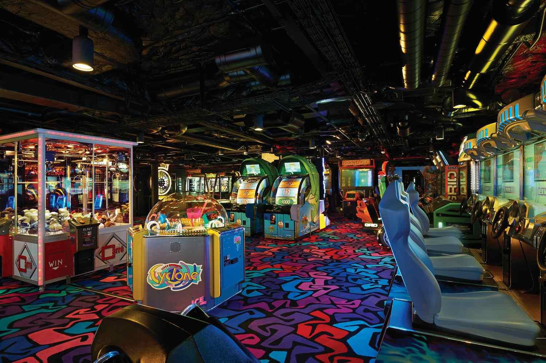 Norwegian Getaway Video Arcade