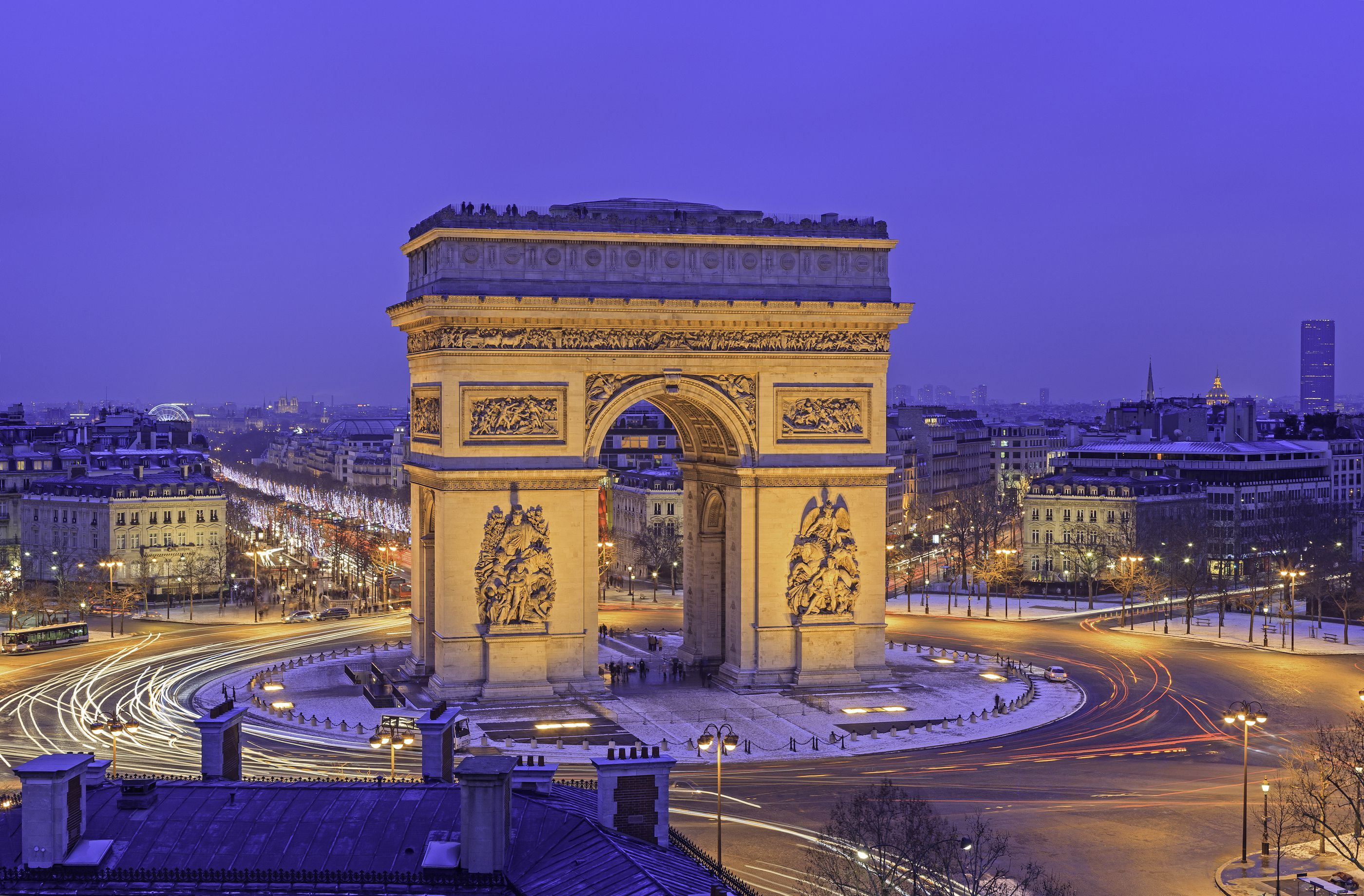 the arc de triomphe in paris complete visitors 39 guide. Black Bedroom Furniture Sets. Home Design Ideas
