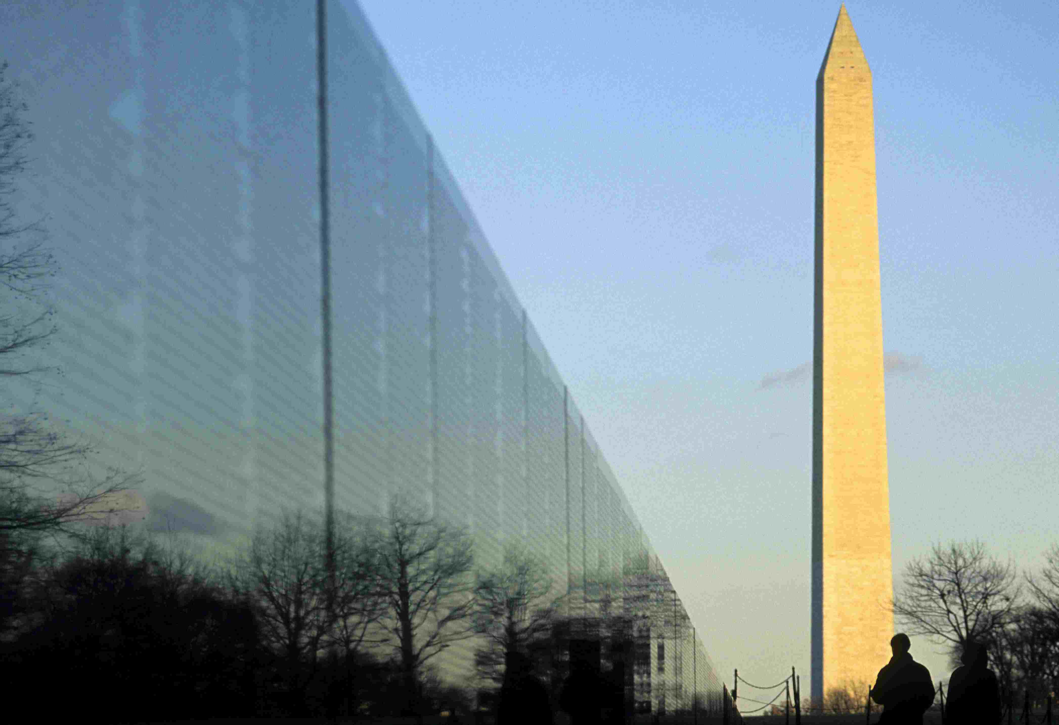 Vietnam Veterans Memorial and Washington Monument