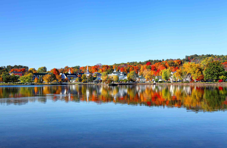 Autumn foliage reflection along the shores of Lake Winnipesaukee
