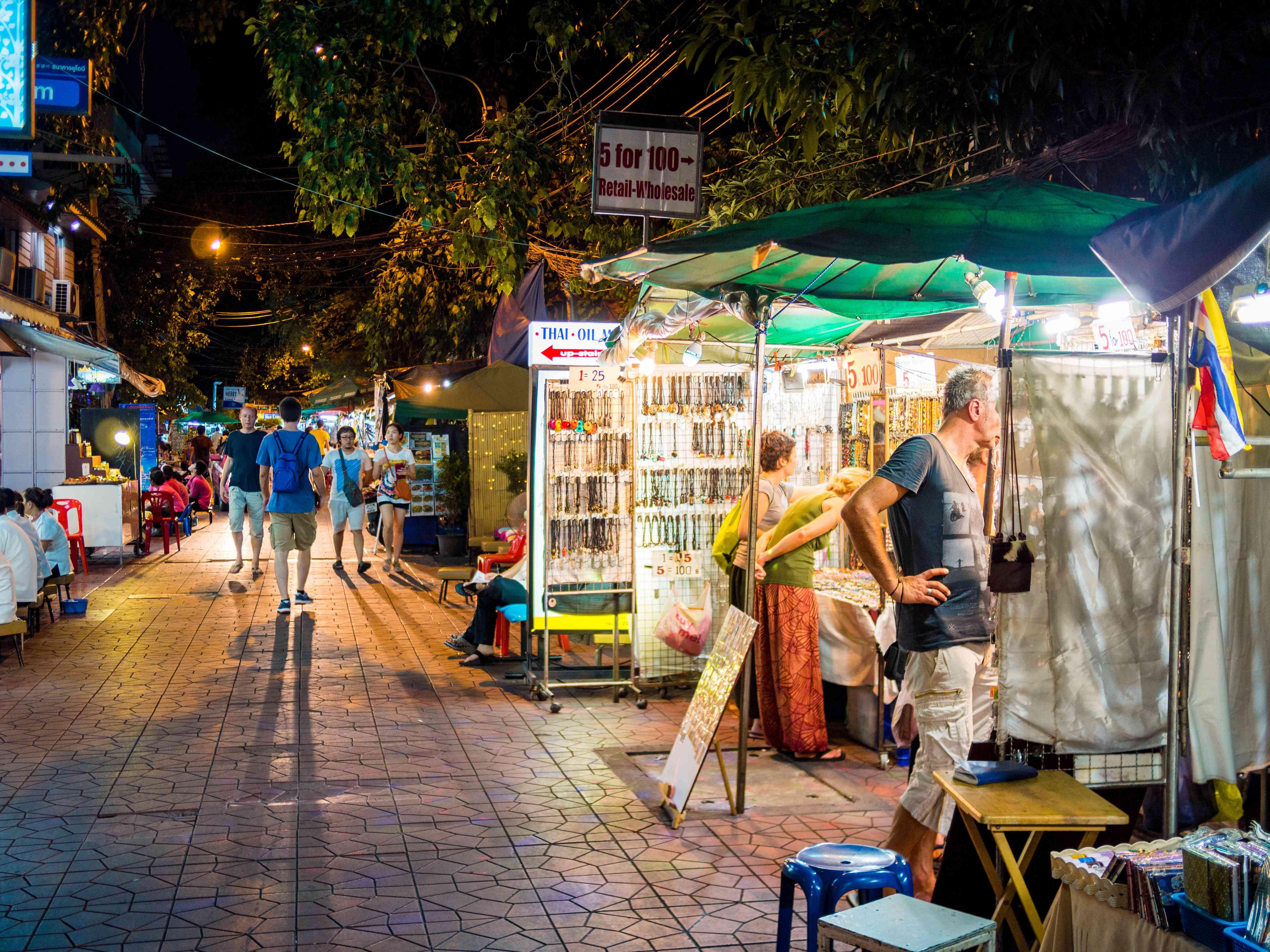 Shopping along Soi Rambuttri in Bangkok