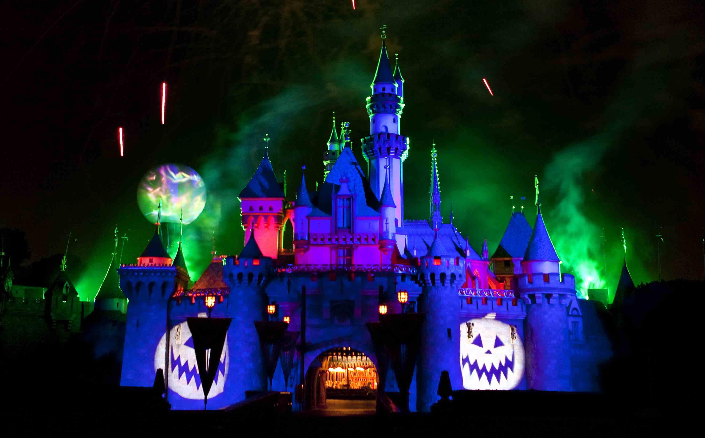 Fiesta de Halloween de Mickey en Disneyland en California