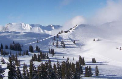 Alta ski resort, peaks in sunlight. Photo © Teresa Plowright.