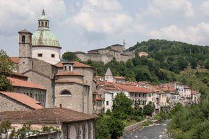 the Tuscany town of Pontremoli