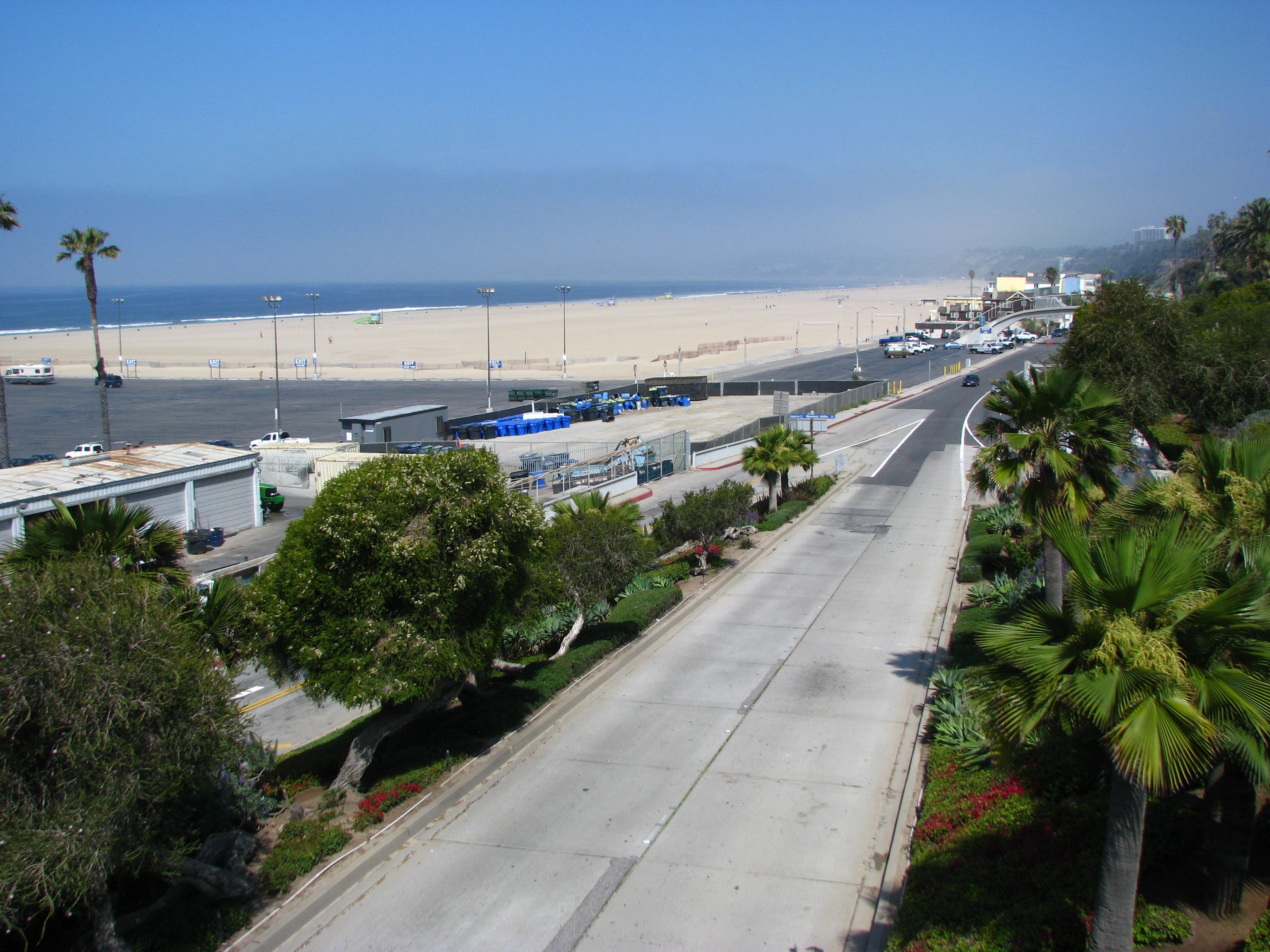 how to get laid in santa monica