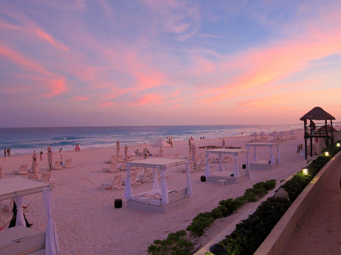 Sunset at Live Aqua Beach Resort Cancun