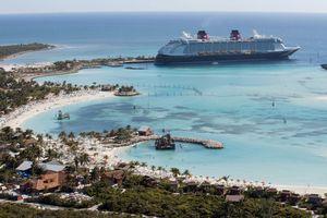 Disney dream boat docked at Castaway Cay