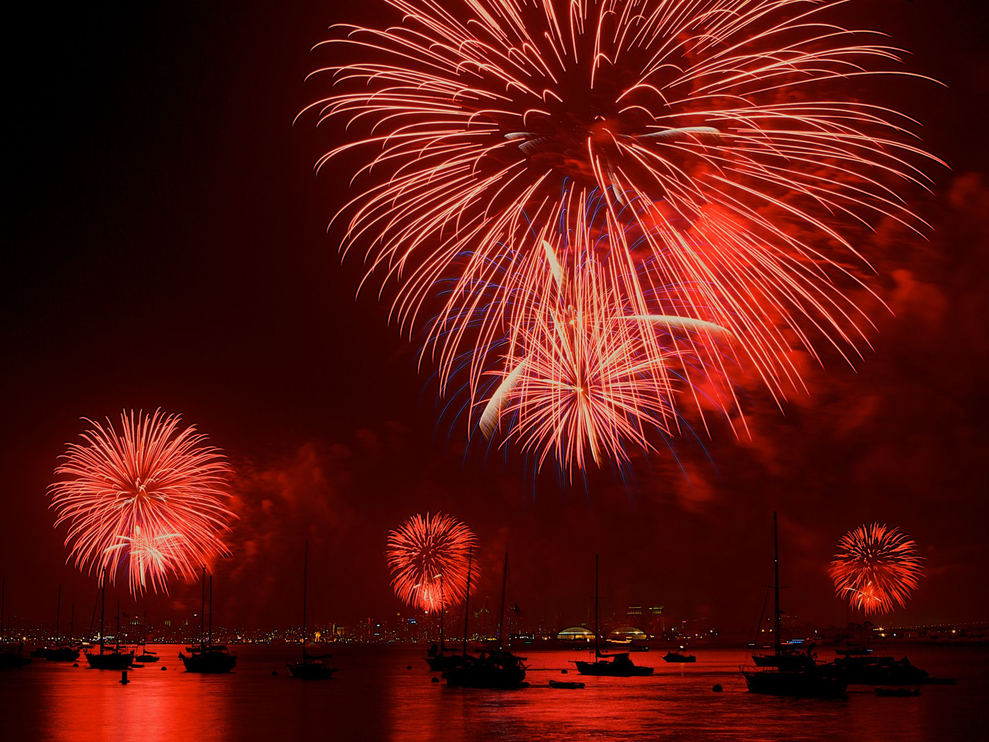 Watch Fireworks In San Go On July 4th