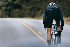 Cyclist increase speed by sprint