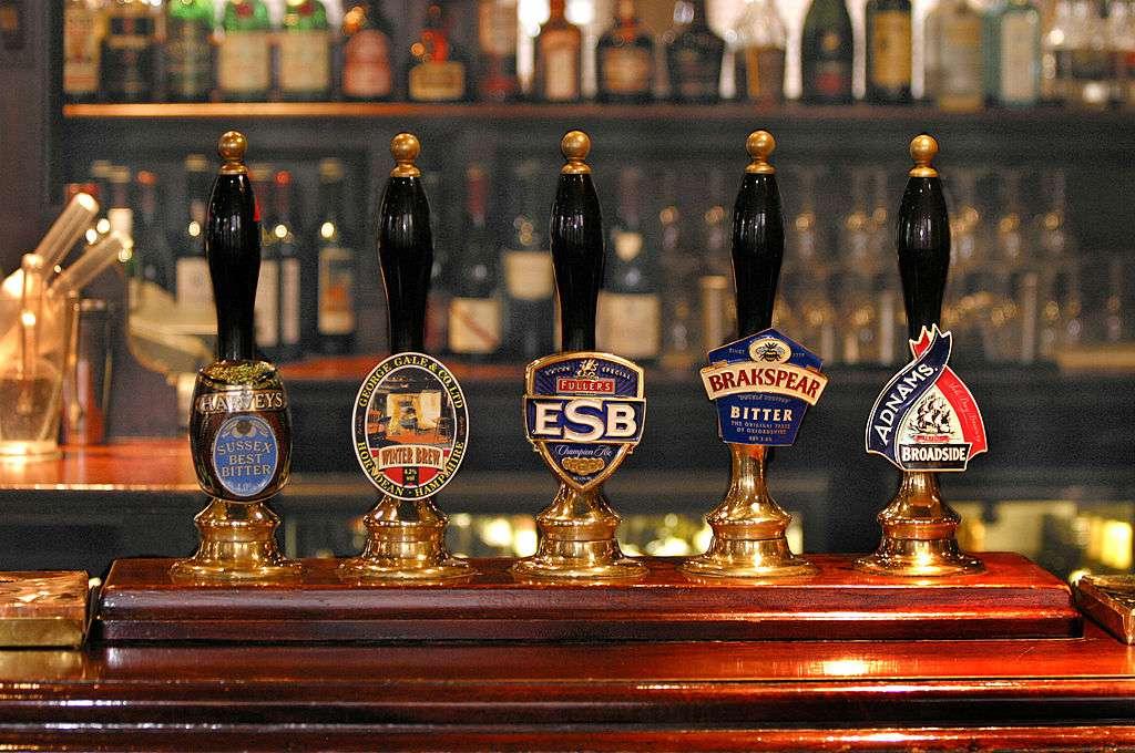 White Horse Pub in London