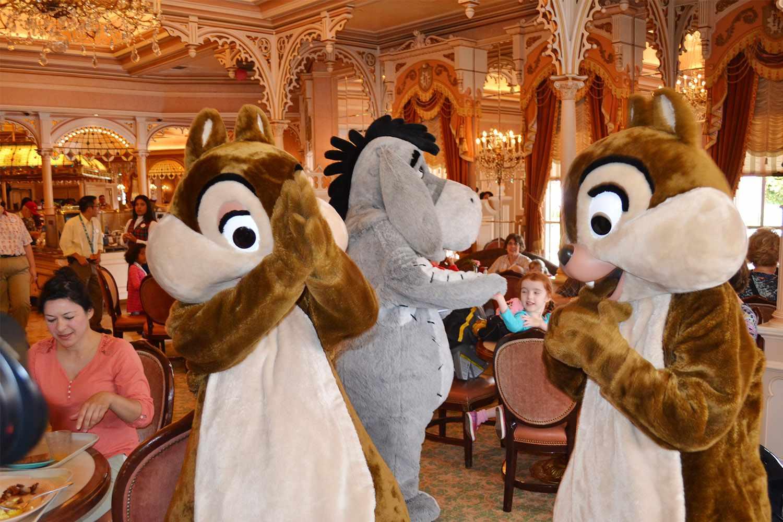 Character Breakfast at Disneyland's Plaza Inn