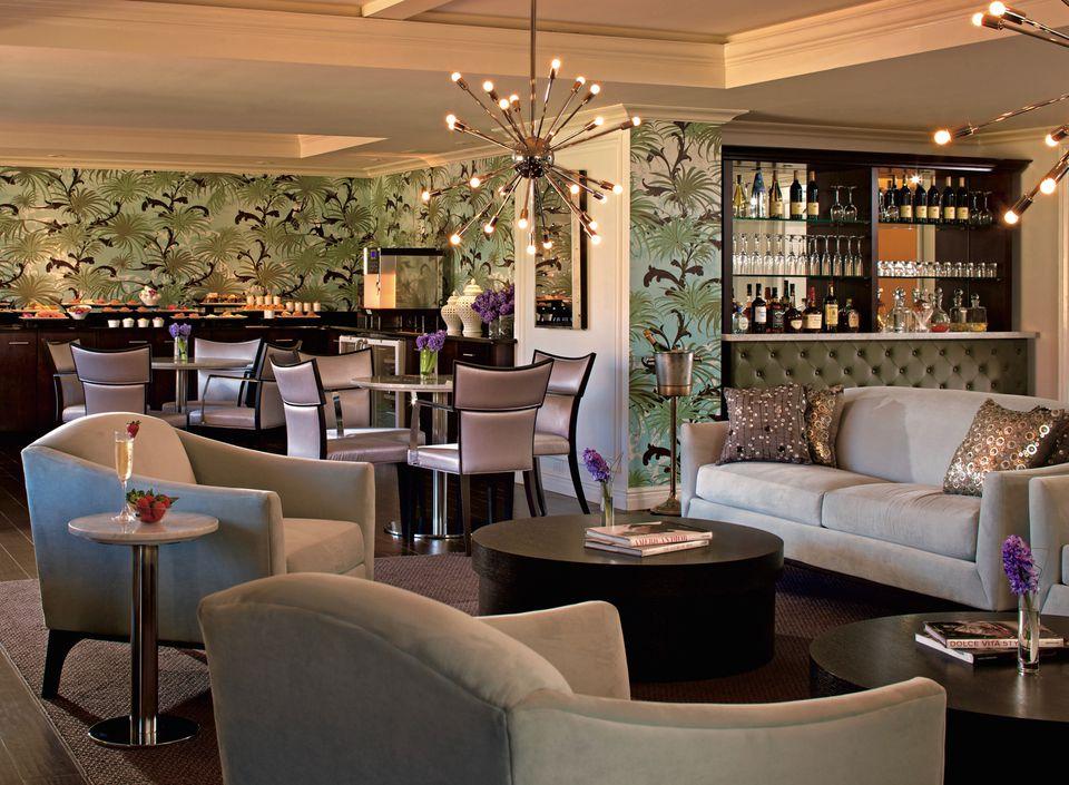 Hotel Club Floor Upgrades Hotel Vip Club Lounge Perks