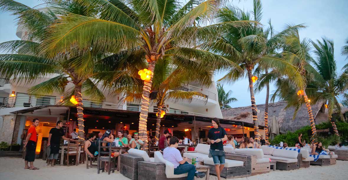 Zenzi Beach Club, Playa del Carmen