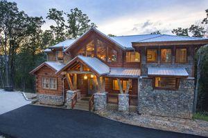 Eagle River Lodge