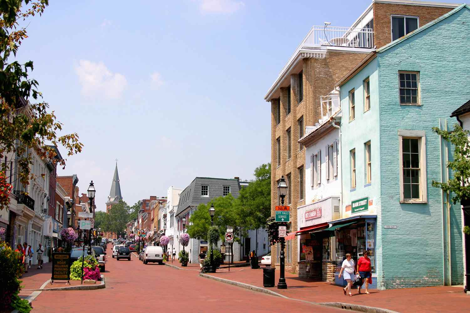 A street view of picturesque Annapolis