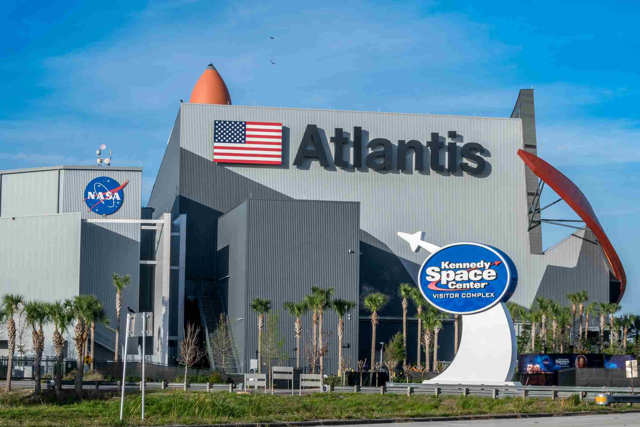 Kennedy Space Center Visitors Complex offers tours, exhibits, and historical displays.