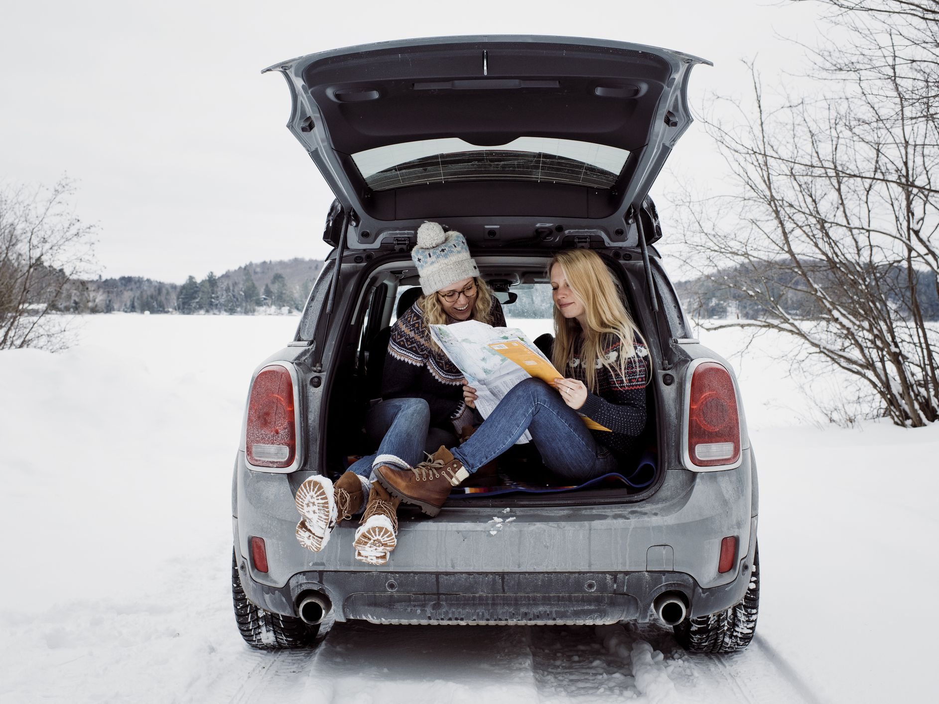 How to Plan for the Weather During Your Road Trip