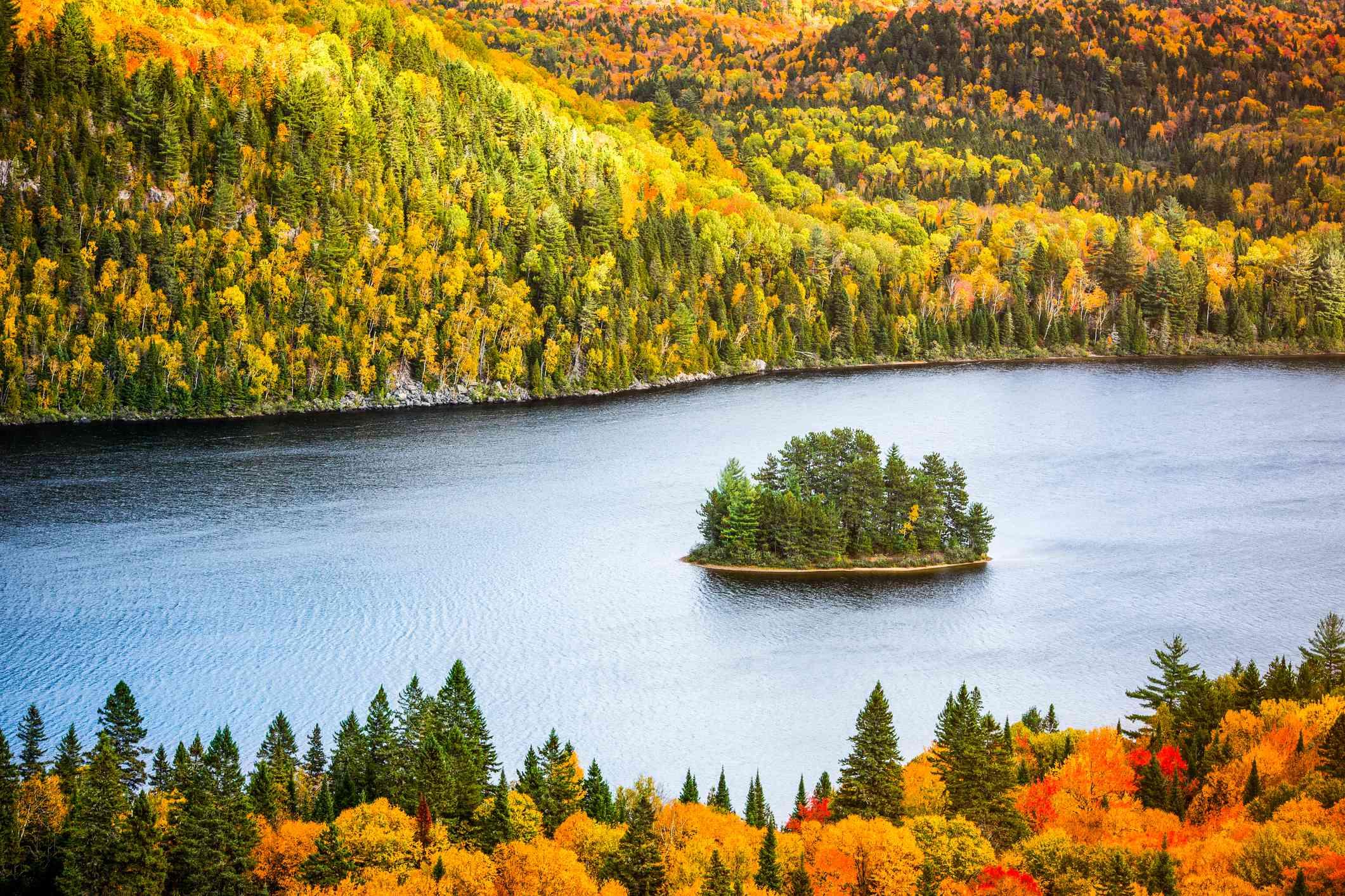 La Mauricie National Park Autumn colors