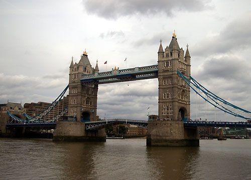 Tower Bridge starting to lift