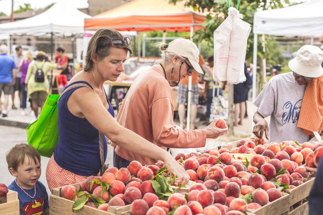 H Street NE Freshfarm Farmers market