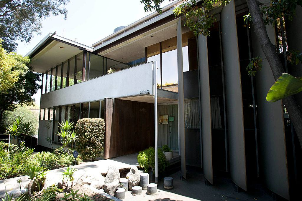 VDL House by architect Richard Neutra