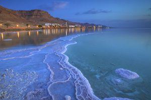 Israel, Dead Sea, Ein Bokek, Salt deposit at shore
