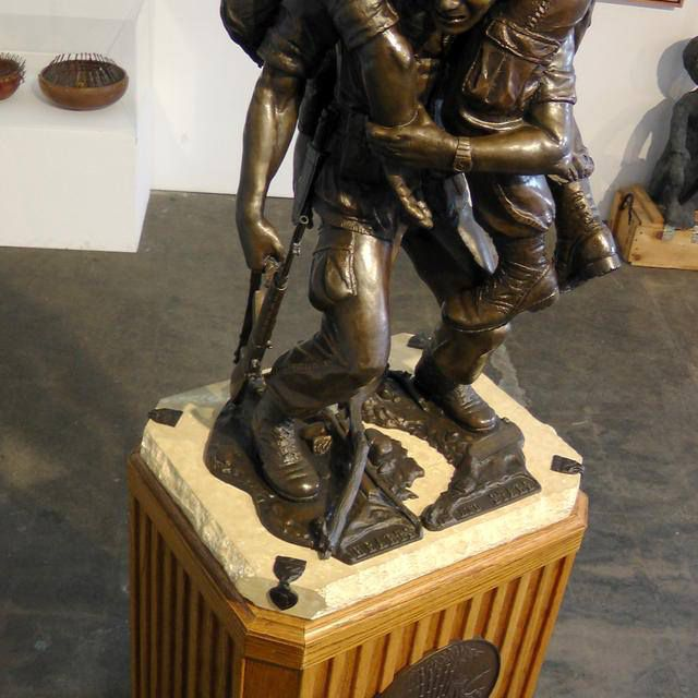 A statue honoring the sacrifice of soldiers